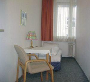 Einzelzimmer mit Etagendusche/WC